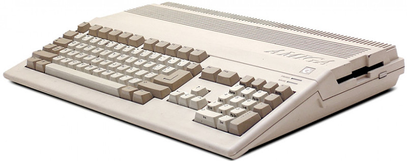 commodore-amiga-header-1.jpg